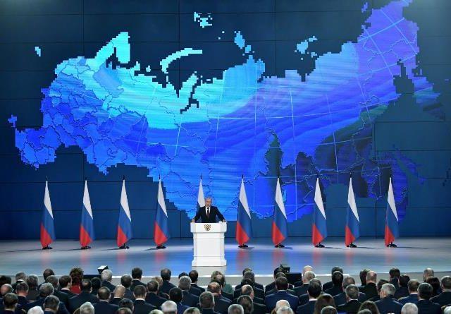Россия видит свое будущее с Китаем и Евразией