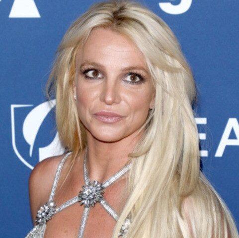 «Ей не стоит возвращаться на сцену»: менеджер рассказал о состоянии Бритни Спирс