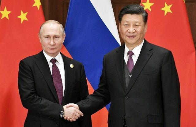 На фоне укрепления Китаем и Россией взаимных связей Индия должна искать более тесных отношений с США