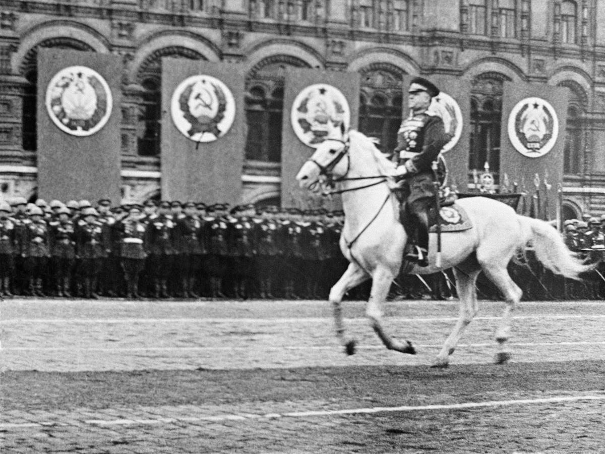Полководцы удачи: фортуна помогла им спасти Россию