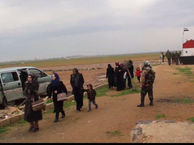 На границе зоны деэскалации «Идлиб» откроются два пункта пропуска для беженцев