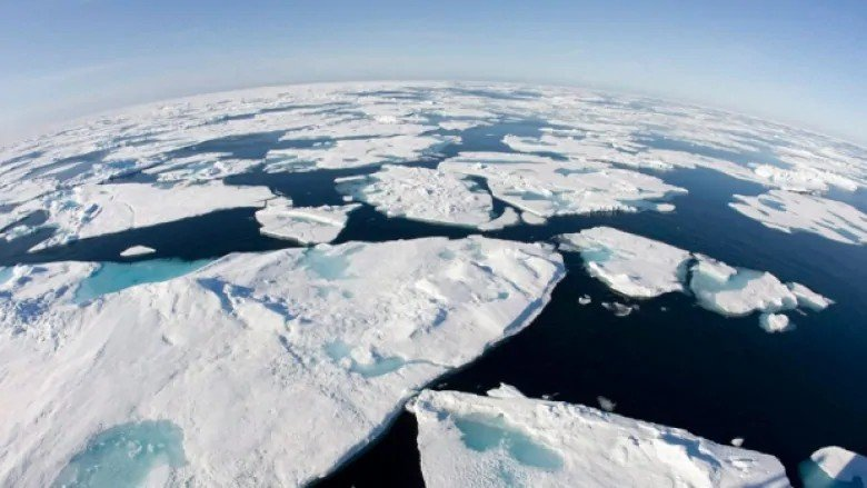 Канада начала борьбу за Северный полюс против Дании и России