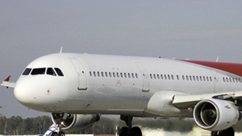 Самолет Airbus A321-231 совершил вынужденную посадку в Краснодаре