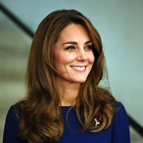 В роскошном платье с голой спиной: новый выход в свет Кейт Миддлтон