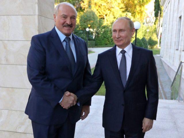 Орешкин заявил о серьезном прогрессе по итогам переговоров Путина и Лукашенко