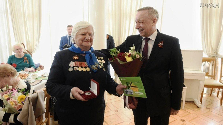 Беглов пообещал дополнительные выплаты всем жителям блокадного Ленинграда