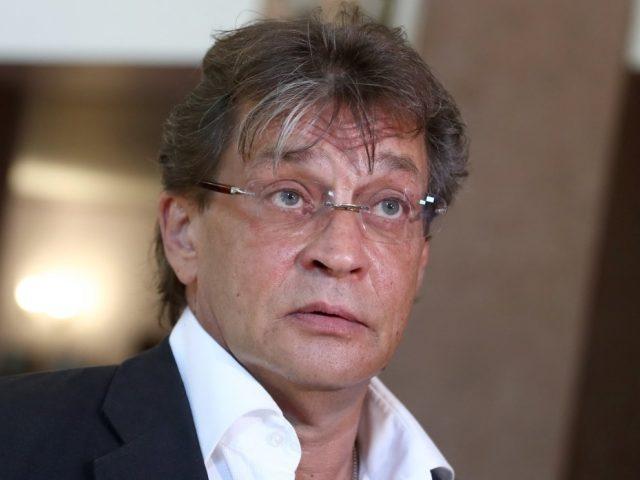 Поклонники Домогарова просят спасти «опухшего» артиста