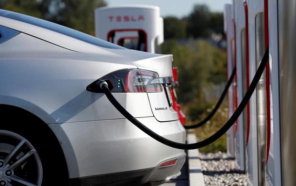 Tesla не даст восстанавливать списанные после ДТП в утиль авто