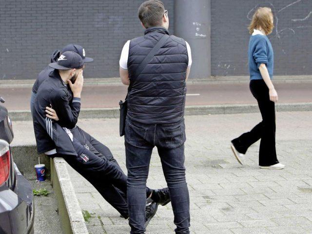 Половина женщин в Амстердаме подвергаются унижению и запугиванию на улицах