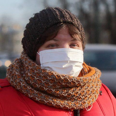 Женщина донесла на якобы больную коронавирусом знакомую из-за долга
