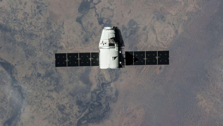 Запуск космического аппарата Crew Dragon перенесен
