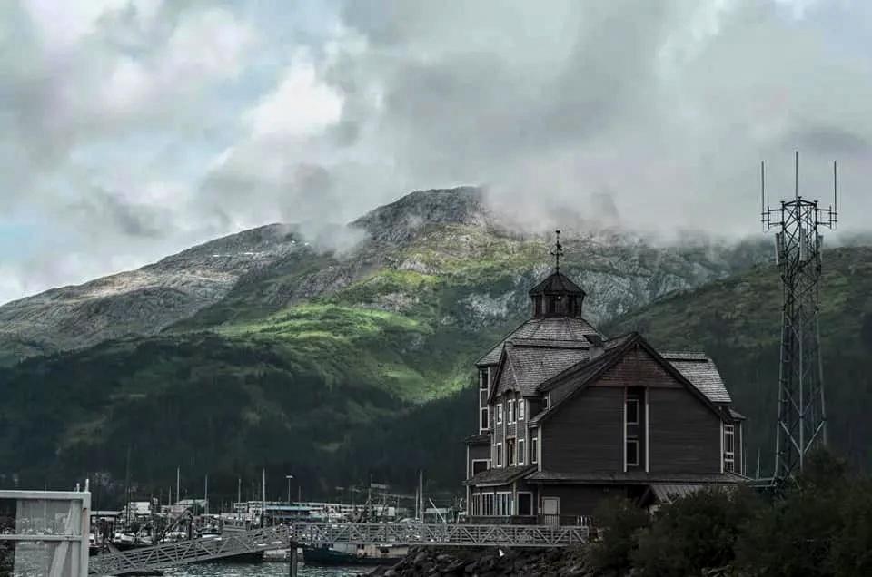 Я почувствовал себя дома в патриархальной России XVIII века на Аляске