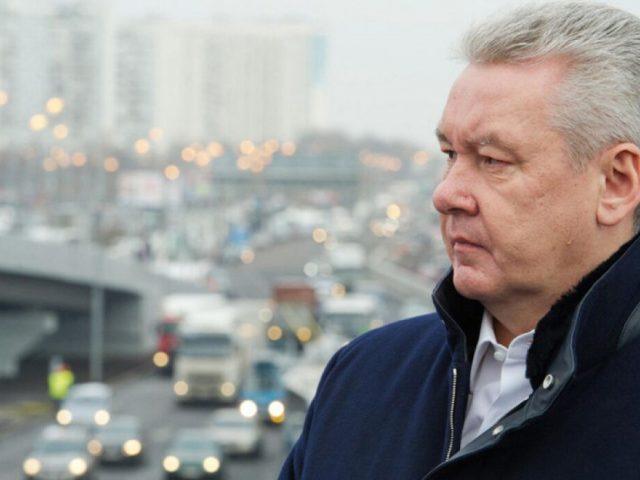 Собянин допустил, что ограничения в Москве не отменят еще несколько месяцев
