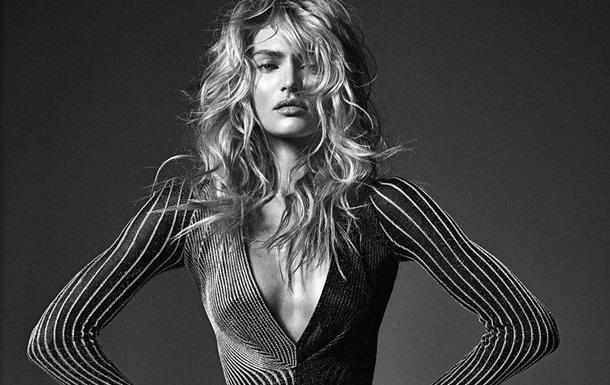 Модель Victoria's Secret снялась топлес для глянца