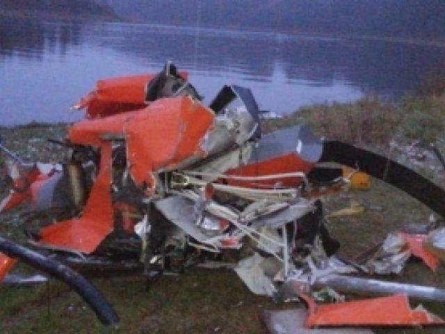 Обломки рухнувшего в Вологодской области вертолета подняли из реки