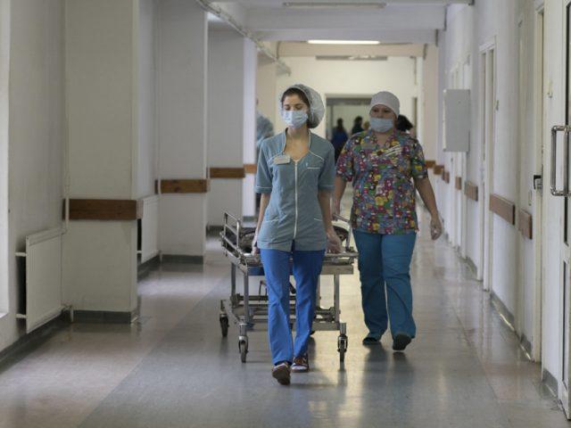 Российским врачам удалось вылечить от COVID-19 пациентку с одним легким