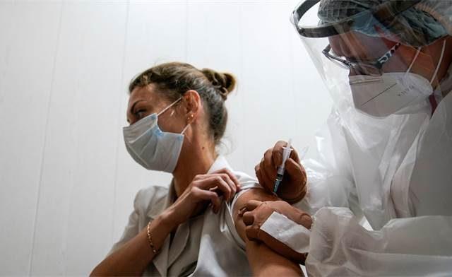 Израильский медицинский центр «Хадасса» будет выводить на рынок российскую вакцину против Covid-19