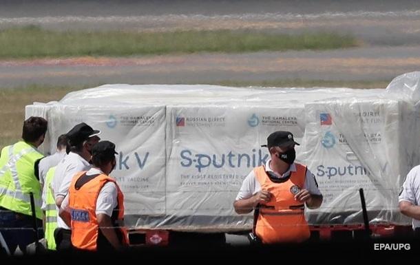 В Аргентине началась вакцинация российским Спутником V
