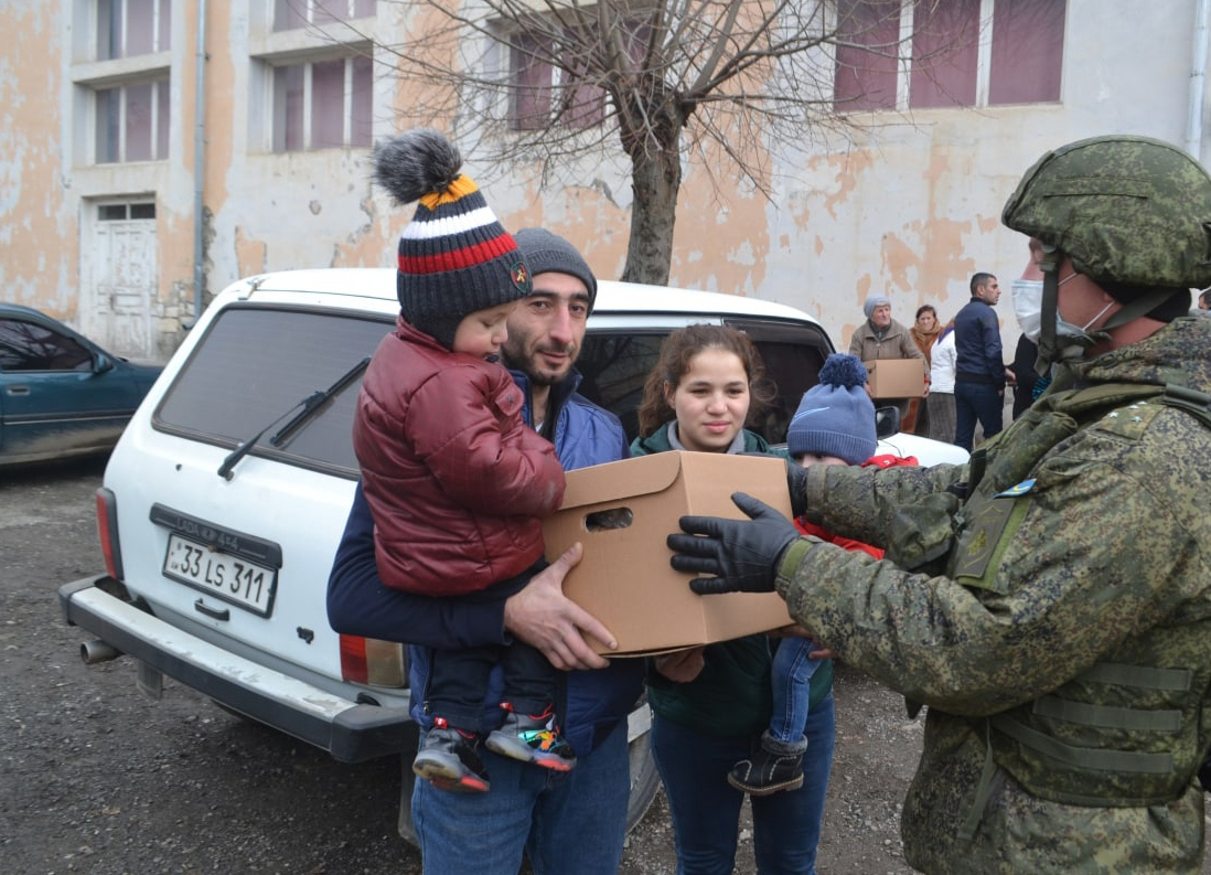 Минобороны РФ опровергло заявление об окружении миротворцев в Карабахе