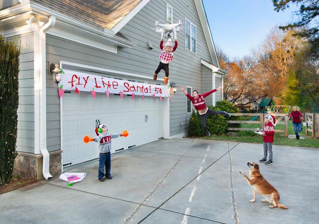 Родители делают смешные открытки, показывающие правду о жизни большой семьи