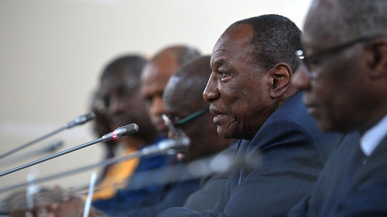 Президент Гвинеи пообещал Ливии помощь в разрешении кризиса
