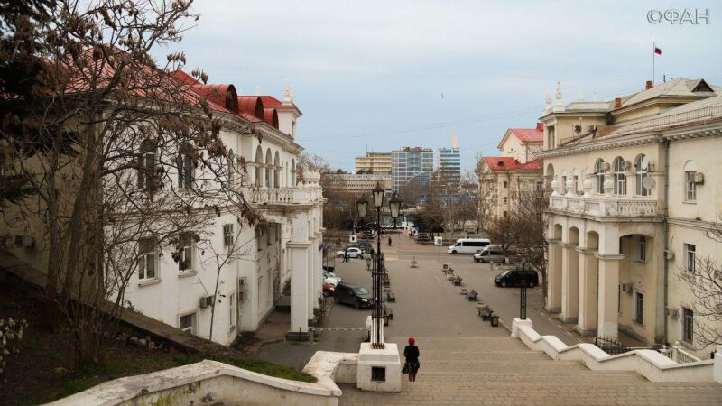 Решительные действия главы Севастополя сдвинули с мертвой точки «подвисшие» проекты