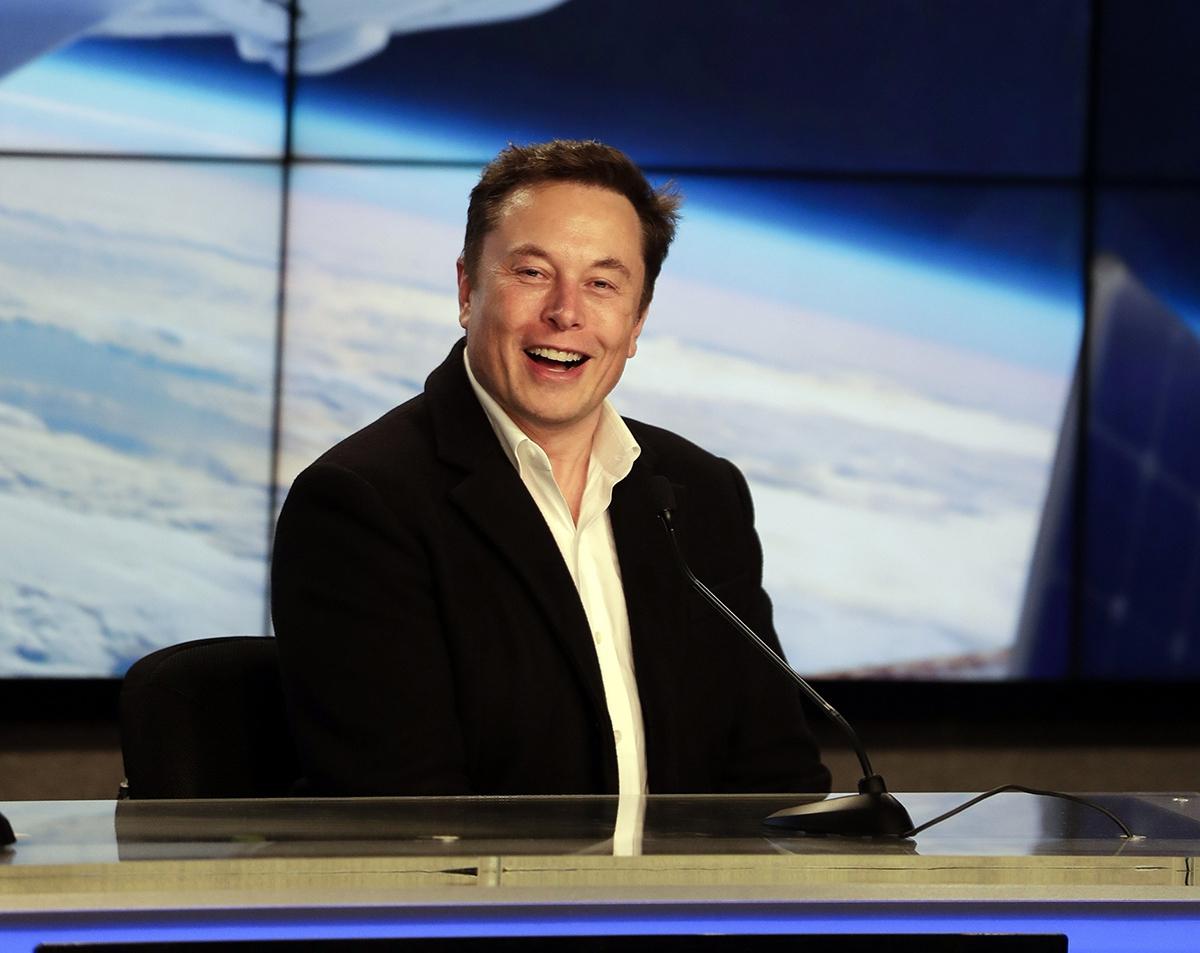 Илон Маск возглавил рейтинг богатейших людей мира