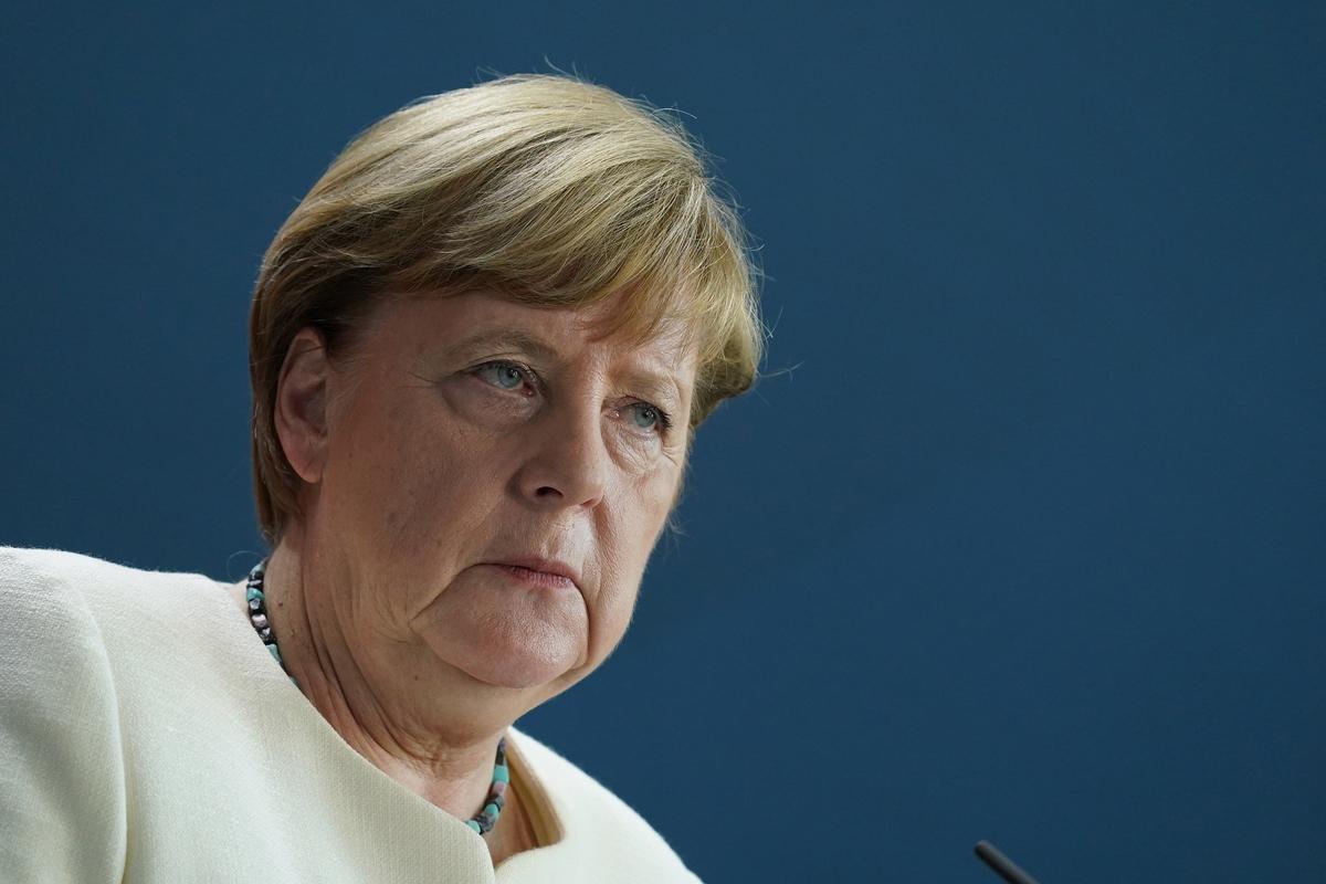Путин и Меркель обсудили вакцины и Донбасс