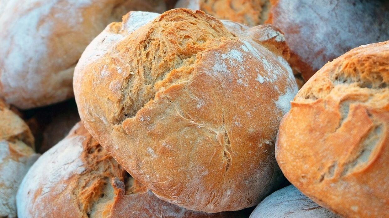 Очевидцы: в Севастополе с прилавков магазинов исчез хлеб, даже «прошлогодний»