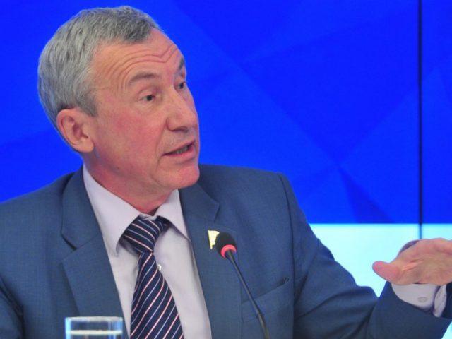 Сенатор Климов: За рубежом проживает 50 млн россиян, и мы ждем от них поддержки