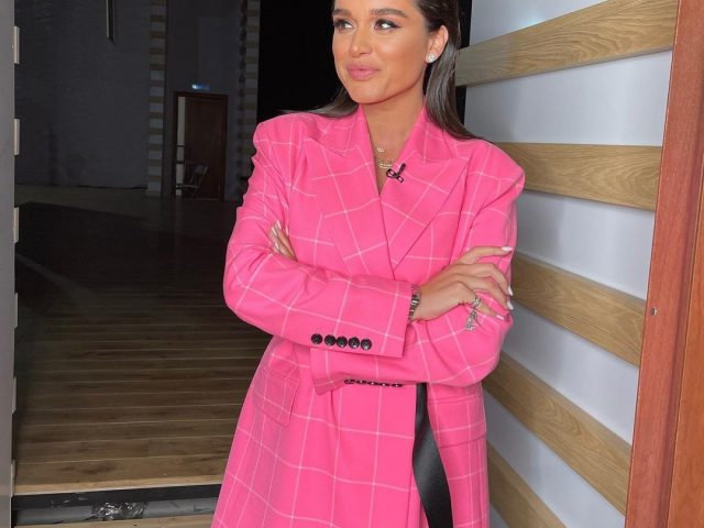 Май Абрикосов: «Бородина набросилась на Милохина, хотя ее бывший тоже примерял платье»
