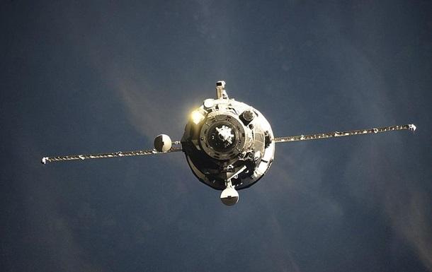 Грузовик Прогресс доставил на МКС материалы для герметизации трещины
