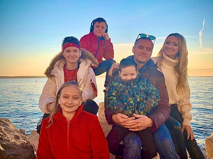 Семья Романа Малькова проживает в Словении