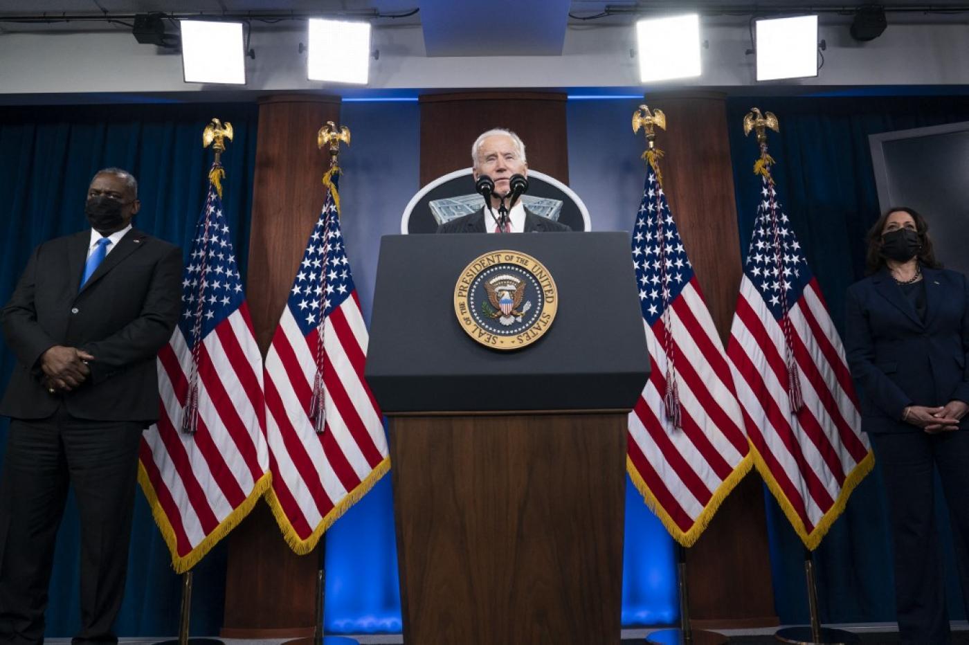 Американская политика сдерживания Китая, России и Ирана больше не является жизнеспособной