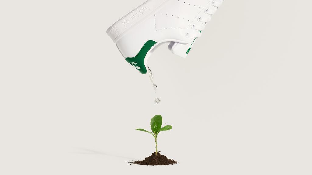 В Adidas объявили оначале продажи Reebok