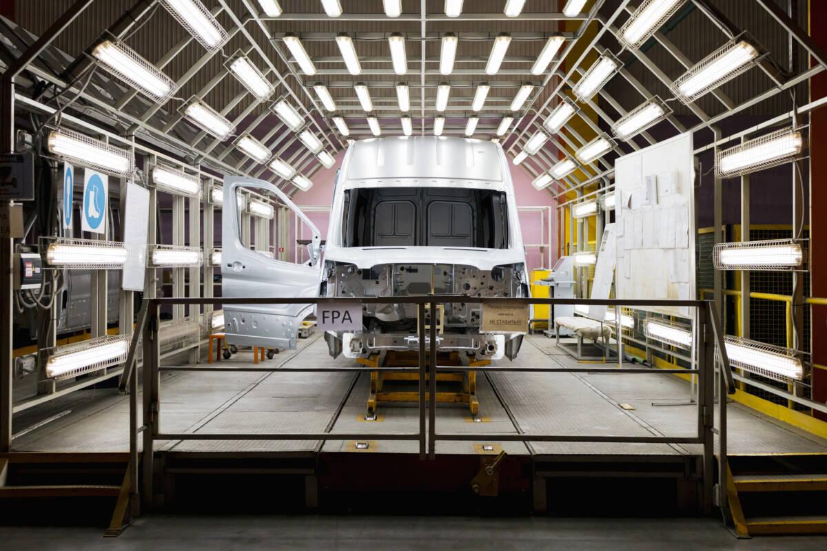 Как производят автомобили Ford Transit в Татарстане: взгляд изнутри