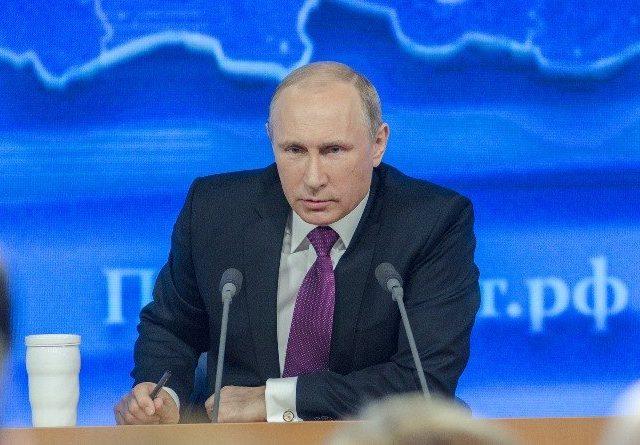Увеличение доходов от нефти дает Путину возможность предотвратить рост недовольства среди населения страны