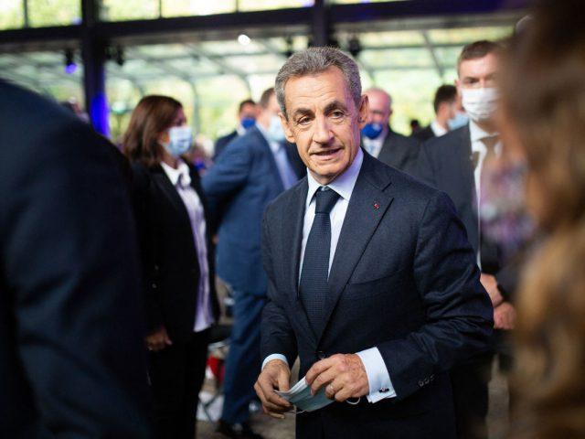 Бывший президент Франции Николя Саркози проведет год в тюрьме