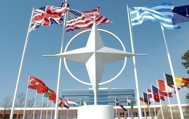 В НАТО поддержали санкции США против России