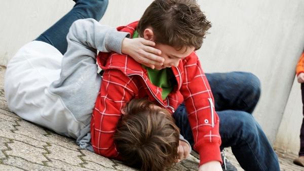 Адвокат рассказал, как себя вести ребенку, ставшему жертвой сверстников