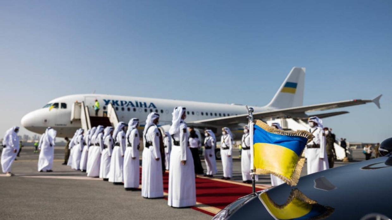 Специалист по этикету Холгова объяснила оплошности делегации из Киева в Катаре