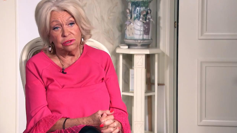 Так бы давно умерла от голода: вдова Караченцова пожаловалась на низкую пенсию