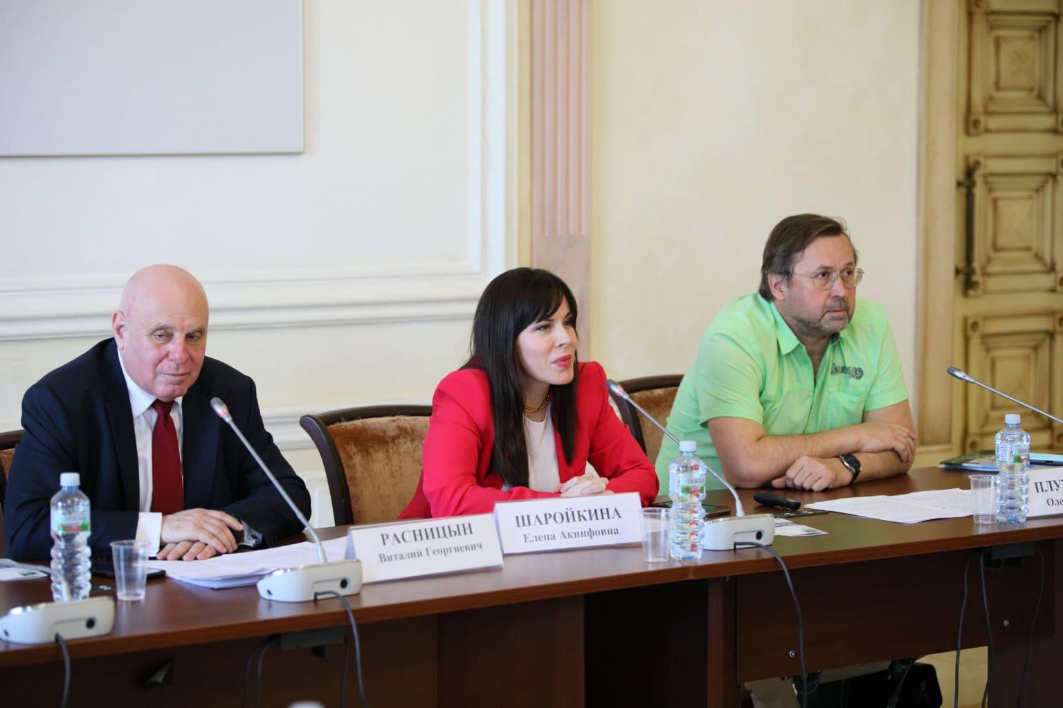Евгений Шварц: растущая площадь лесных пожаров в России не позволяет диктовать миру свои правила