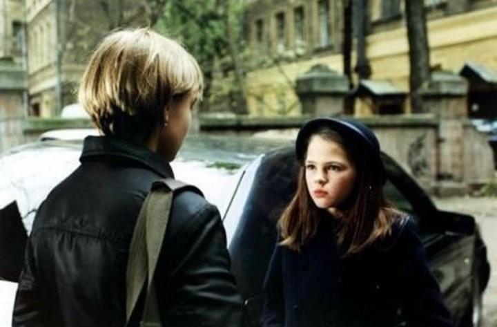 Катя признавалась, что Александр Баширов часто провоцировал и злил юных актрис, чтобы те правдоподобно сыграли