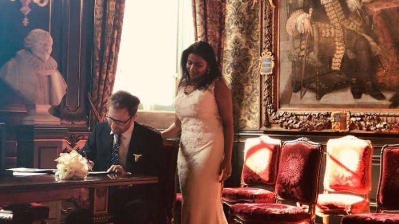 В марте 2020 года пара поженилась в Trouwlocatie Groenmarkt — бывшей мэрии Гааги