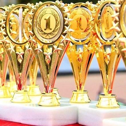 Спортивные награды — медали и кубки