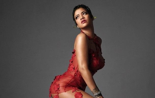 Поп-звезда ошеломила образом на обложке Vogue