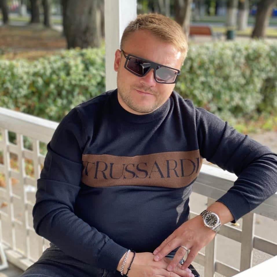 Роман Юрков