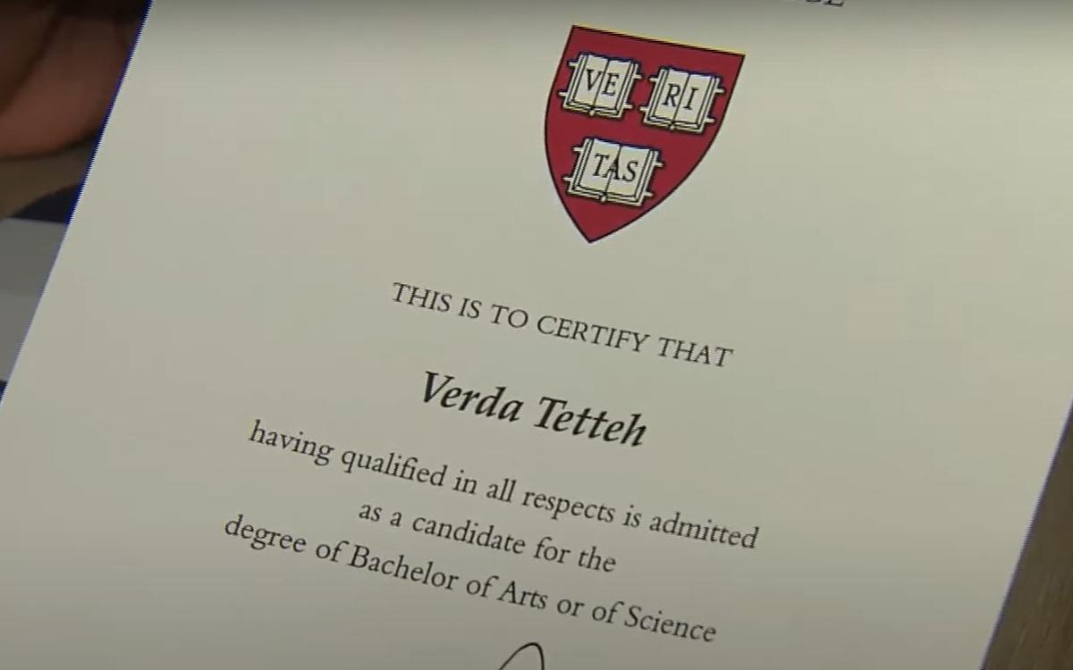 В этом году Верда поступает в Гарвард, который также предоставил школьнице финансовую помощь