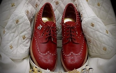 Представлены самые дорогие в мире мужские туфли с бриллиантами